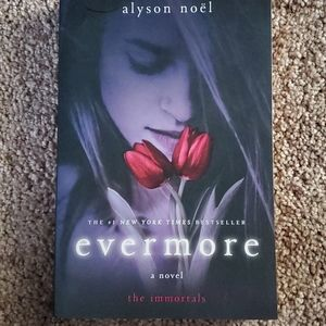 3/$9 Evermore by Alyson Noel. Paperback.